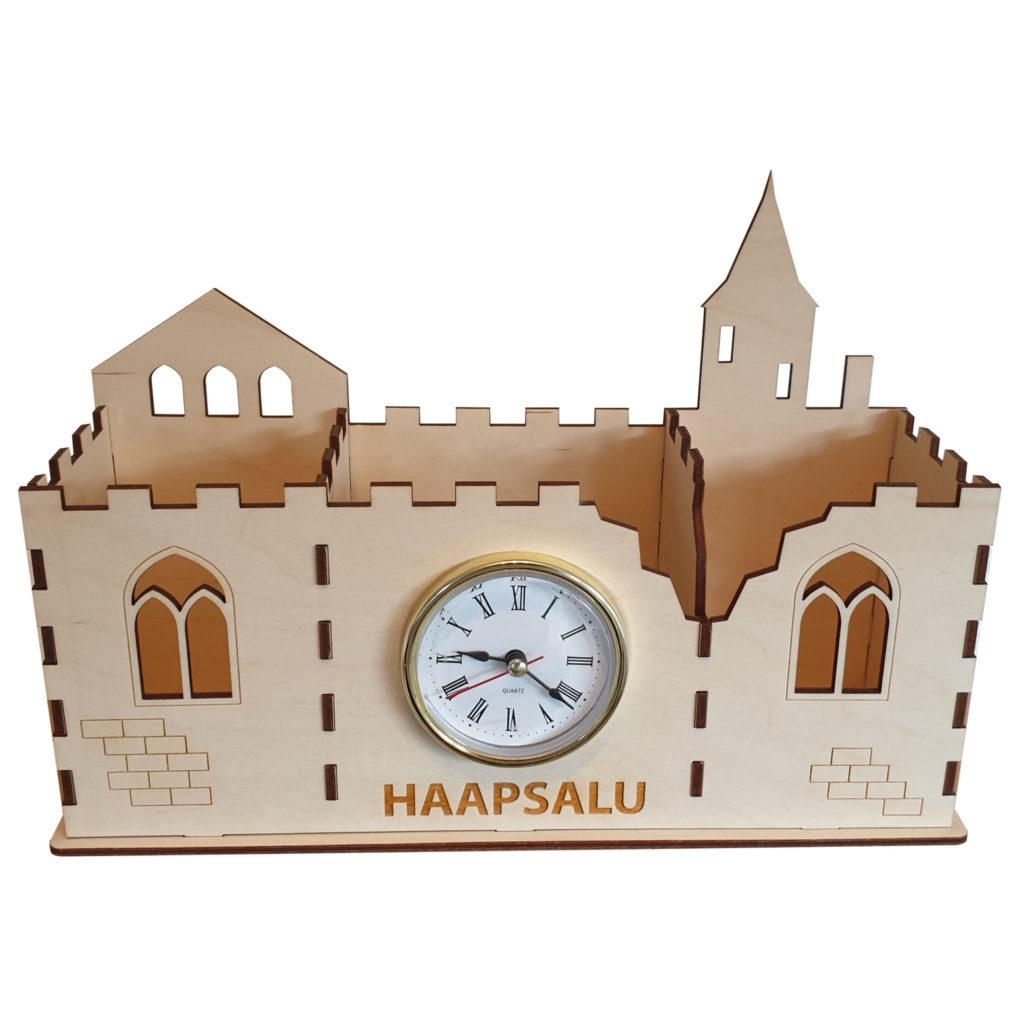 KP03-Pliiatsite-karp-Haapsalu-kellaga